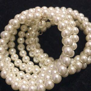 Jewelry - Pearl wrap bracelet.